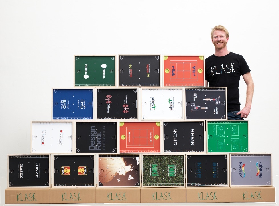 KLASK er opfundet af Mikkel Bertelsen